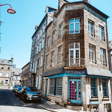 Tea House with Apartment in France for $123k