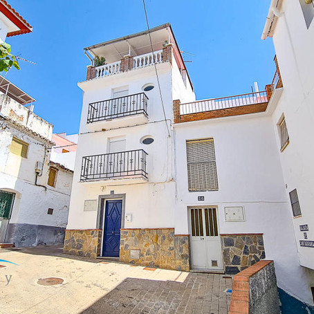 Spanish town house for $107k