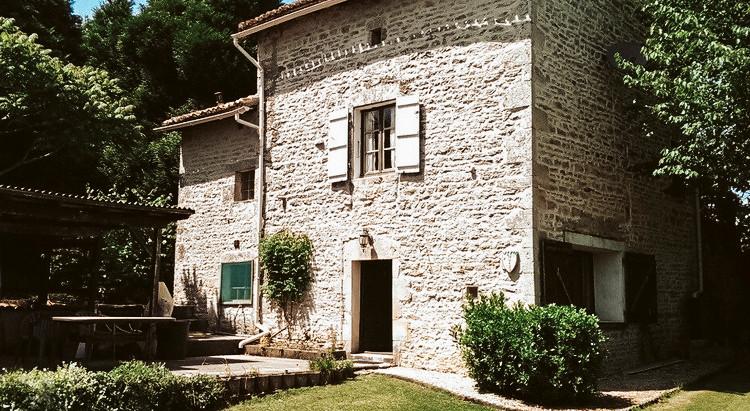€99,950 | Cellefrouin France