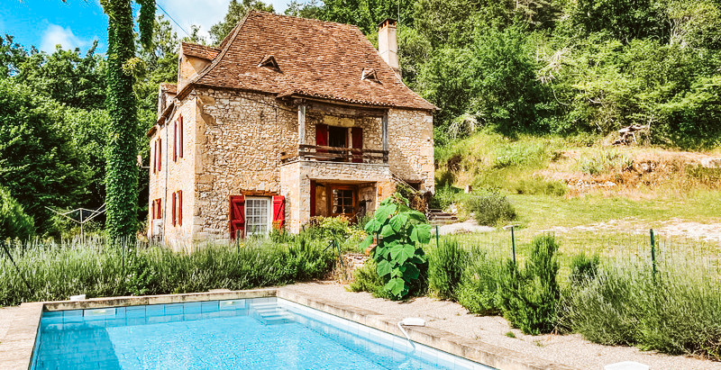 """French country """"holiday home"""" $297k"""