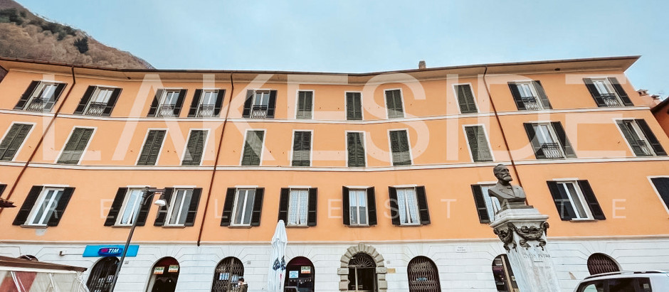 Apartment in palace on Lake Como for $485k