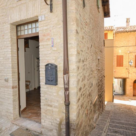 Gorgeous Italian village home for €98k