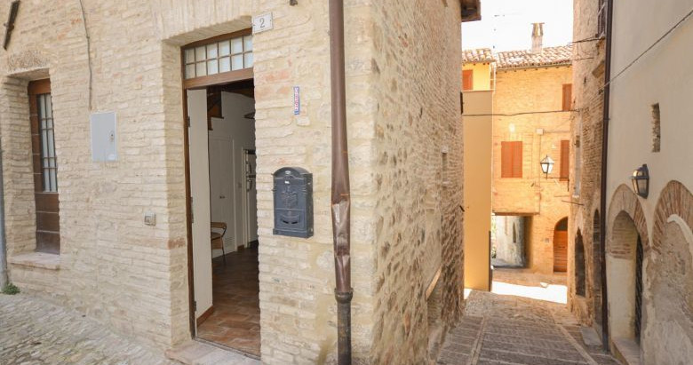 Gorgeous Italian village home for €98k