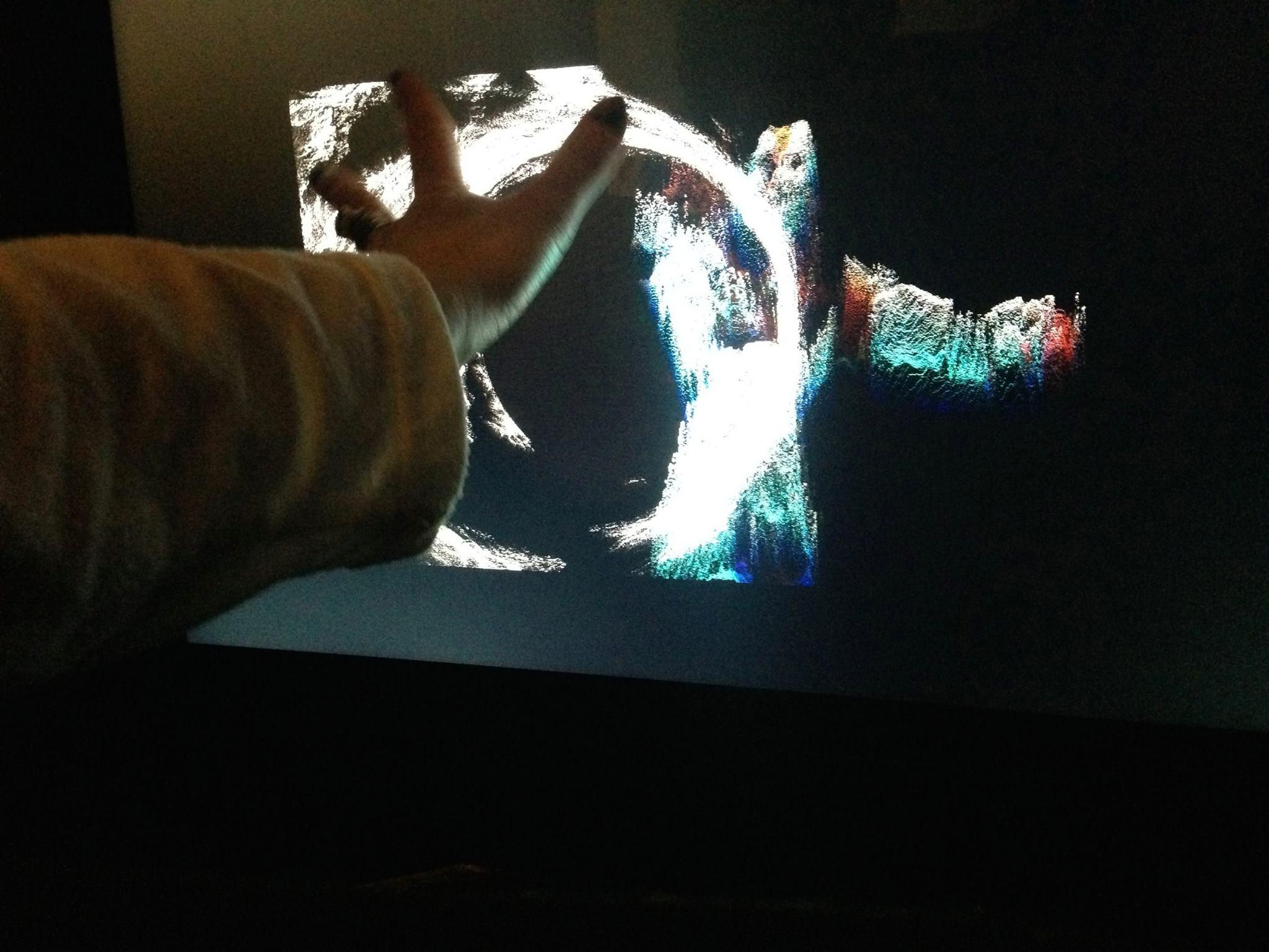 _4.ophidance.live.hand