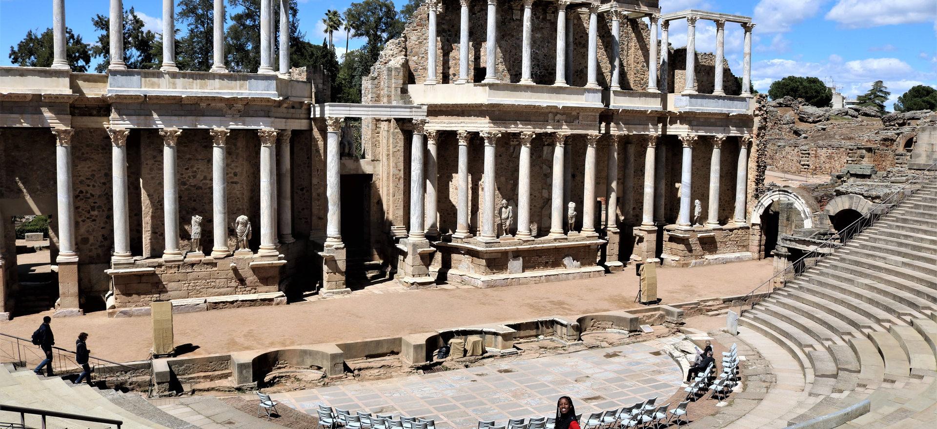 Roman Amphitheatre Merida Spain-min.JPG