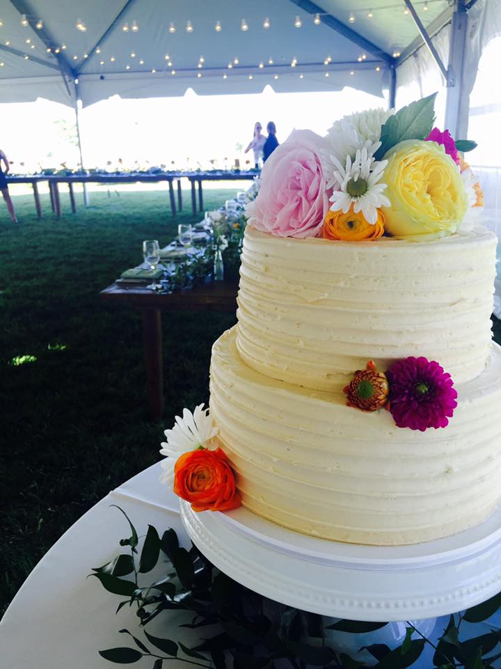 2-Tiered Simple Ridged Wedding Cake