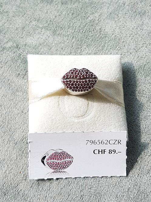 Charm Lippenform, 925 SterlingSilber, doppelseitig mit roten Zirkonias bestückt
