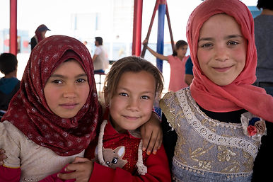 Zaatari 3 girls Mercy Corps_.jpg