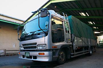 自社配送トラック