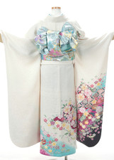 Kimono08Back.jpg
