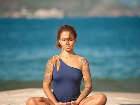 Algumas pessoas praticam yoga por anos, mas nunca pisaram em um tapetinho de Yoga.