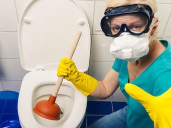 Toilette bouchée ? 5 causes fréquentes.