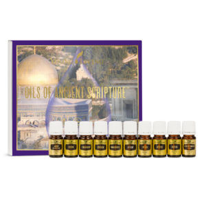 Das Bild zeigt das Bibelöle Set mit Verpackung und allen 10 Ölen