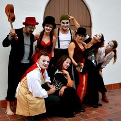 The cast of La La La Strada