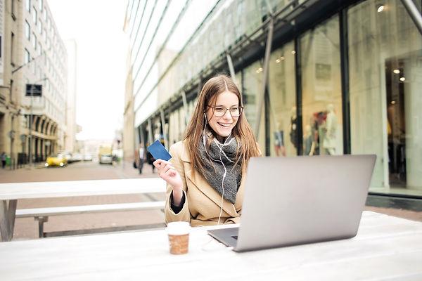 Best Time To Start Earning Money Online.