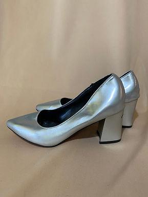 11 simple silver high heels