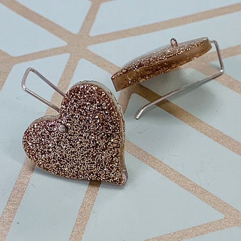 Short Stay Gold Heart earrings