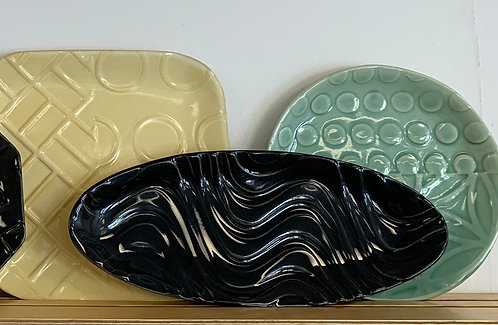 "12"" Black Oval - Line and Dine Collection"