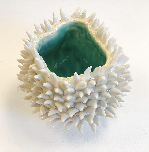 Spiky Porcelain vessel