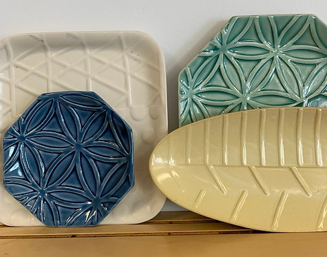 """10"""" Green hex Plate - Line and Dine Collection"""