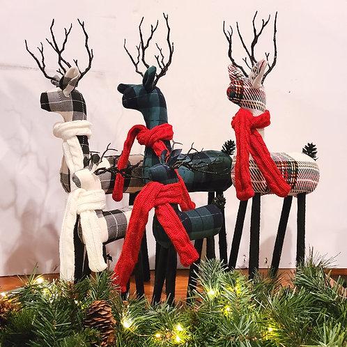 "Plaid Reindeer, 10"""