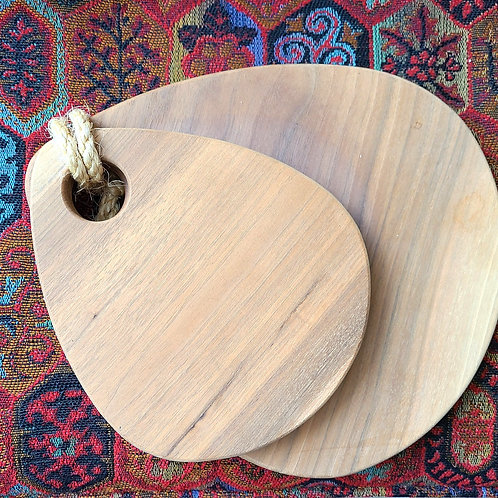 Walnut serving boards by Tim Brudnicki