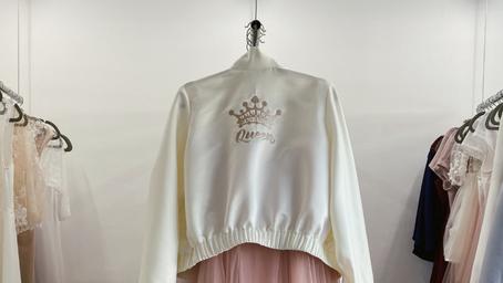 """Streetwearová inspirace z našeho ateliéru. Proč říci bomberům """"ano"""" nejen v den svatby"""
