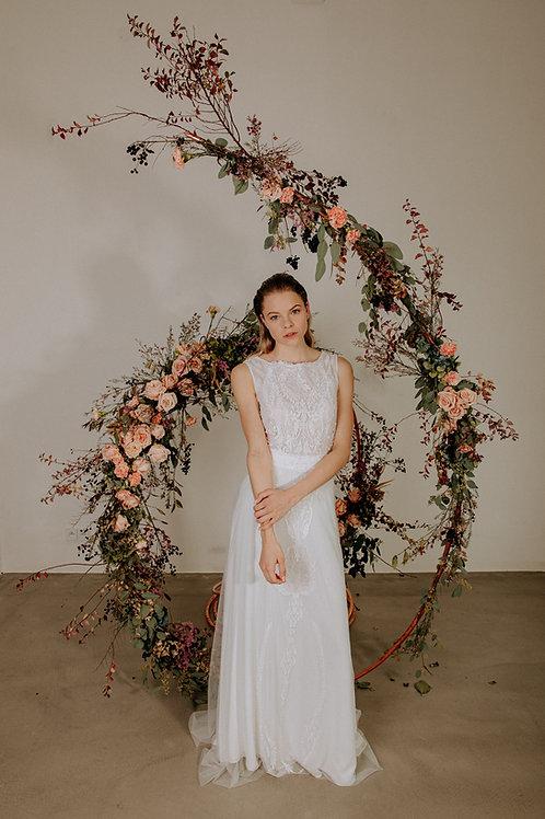 Ornamentální šaty