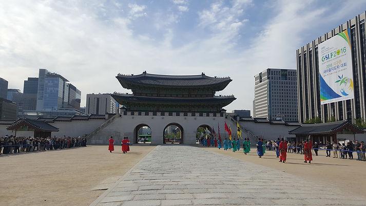 Korea private tour-Tagytravelkorea, Changing of the Royal Guard at Gyeongbokgung Palace