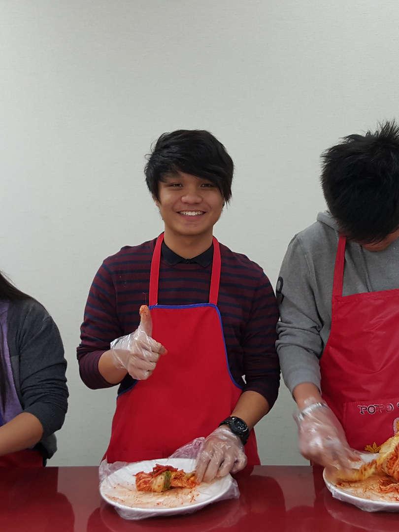Seoul City Tour - Kimchi making - Cooking class