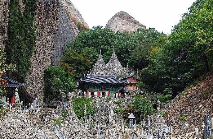 Korea private tour-Tagytravelkorea, Tapsa Temple in Mt. Mai