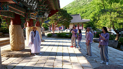 korean-temple-stay-at-beomeosa-temple-so