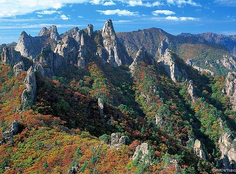 Mt Seorak - Dinosaur Ridge-South Korea Hiking