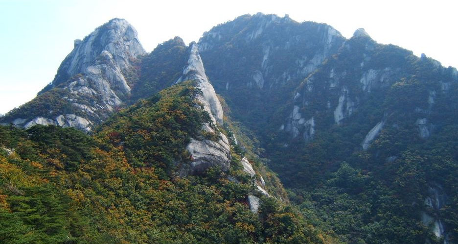 Korea Hiking Travel Agency, Tagytravelkorea, Mt. Bukhansan Hiking, Hidden Wall trail tour