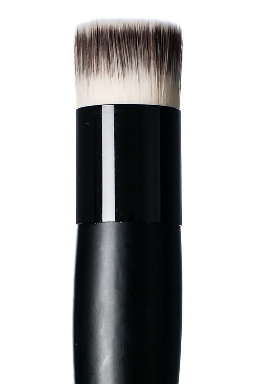Brush #40 Flat Top Foundation | HIRO Cosmetics