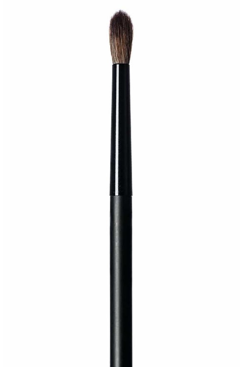 #2.40 Crease'n Blend Brush | HIRO Cosmetics