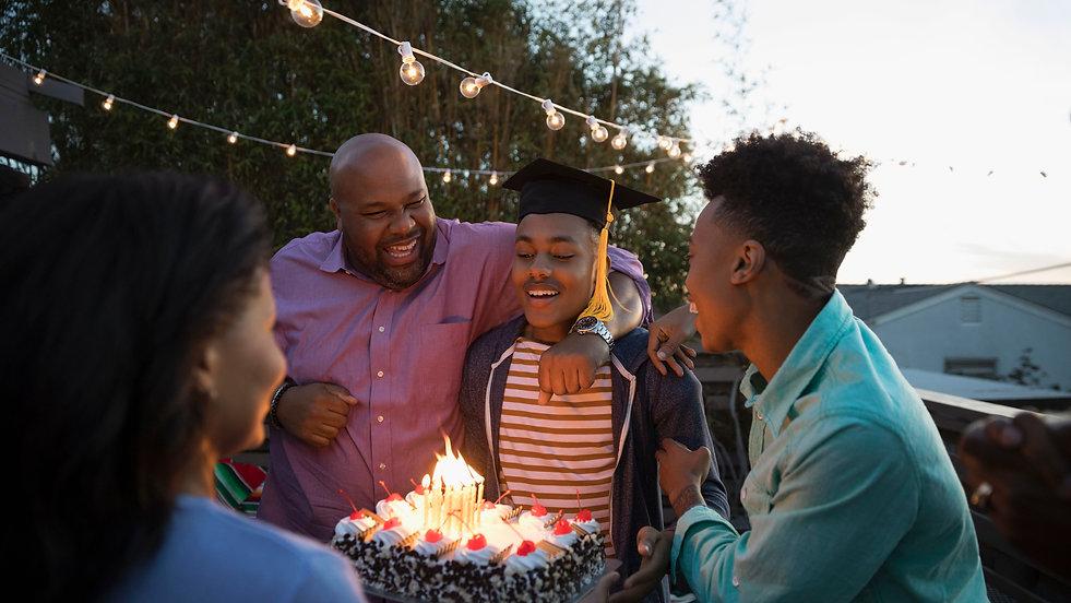 african-american-family-celebrating-grad