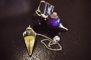 pendulum-4868645_1920.jpg