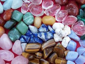 Comment purifier et recharger ses pierres ?
