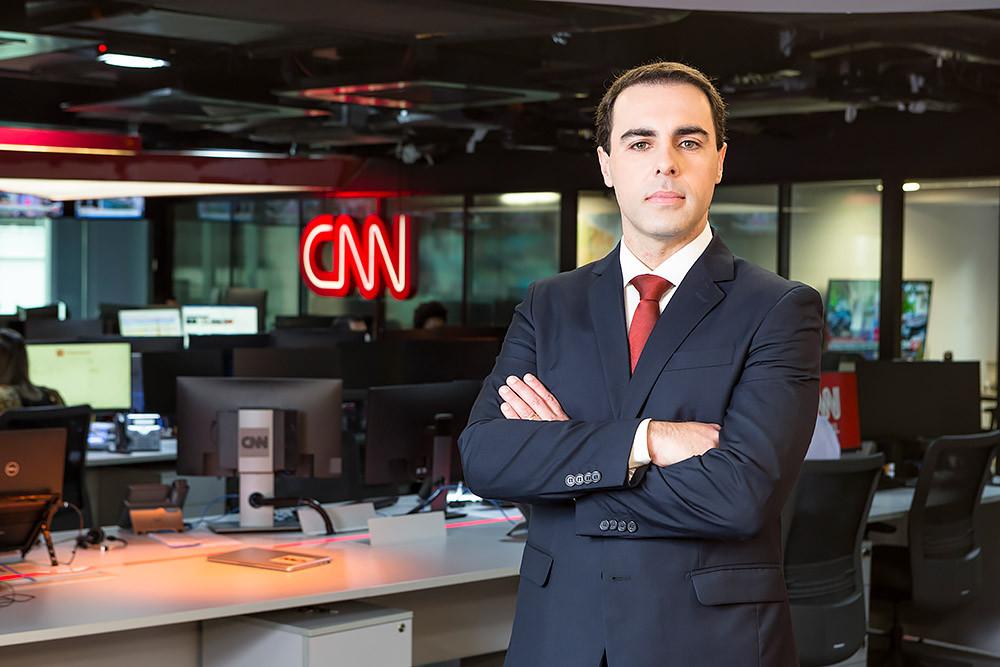 Retrato Profissional - CNN Rafael Colomb