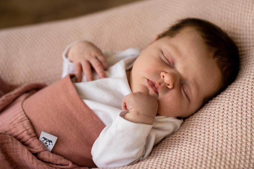 Fotograf Braunschweig, Neugeborenen Fotografie,  Babybauchfotoshooting Braunschweig, Familienfotoshooting Kinderfotoshooting, Babyfotoshooting, Newbornfotoshooting,