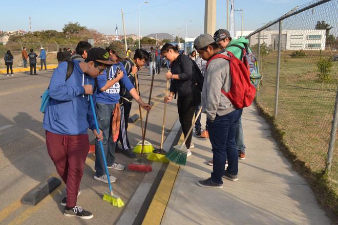 Estudiantes BUAP participan en Jornada Intensa de Trabajo en Atlixco