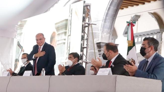 """""""Zacatlán eligió a un gran líder"""" reconoció el gobernador Luis Miguel Barbosa"""