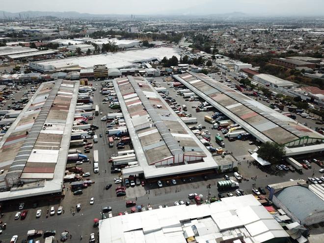 Ayuntamiento de Puebla rehabilita vialidad en Central de Abasto