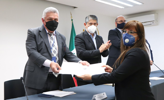 Personal de FGE recibe certificado de competencia para investigar tortura