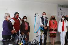 Dona Voluntariado del Congreso de Puebla torre de alto flujo de oxígeno complementario a la SS.