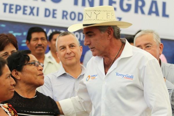 Tony Gali reitera su compromiso con el progreso de la Mixteca poblana