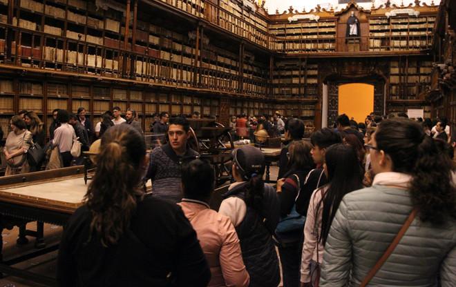 Gran afluencia de visitantes en la primera noche de museos Puebla 2019