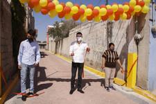 Edil de Quecholac, Jose Alejandro Martínez Fuentes entrega una obra más de adoquín en el municipio.