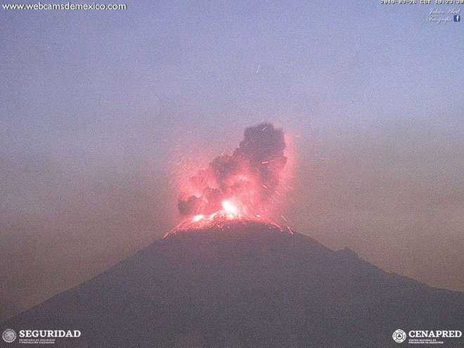 Débil emisión de gases volcánicos registra el Popocatépetl